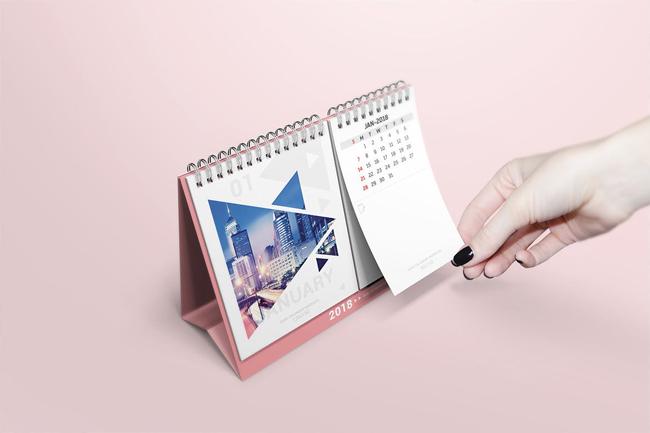 thiết kế lich để bàn 2018
