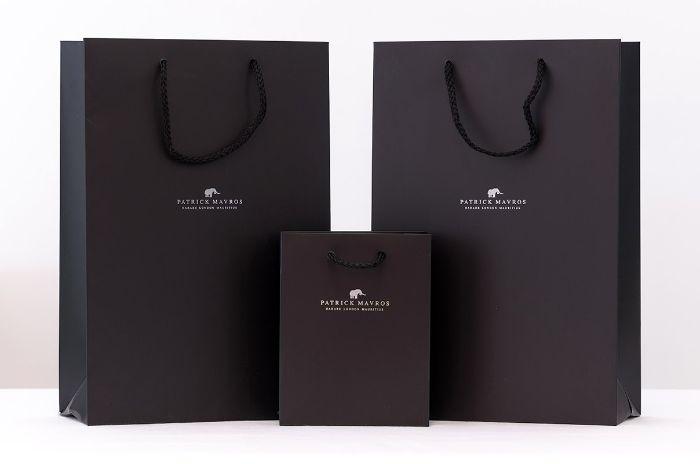 Túi giấy cao cấp được sản xuất bằng giấy thay cho những chất liệu túi bằng nilon