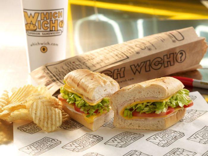 Túi giấy đựng bánh mì là những chiếc túi giấy được thiết kế bằng chất liệu đặc biệt để có thể đựng bánh mì