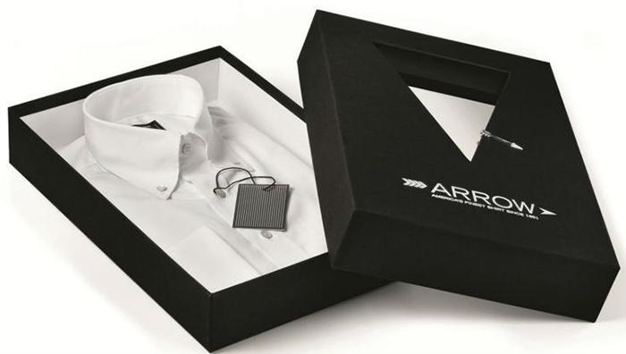 Hộp đựng quà được thực hiện trực tiếp tại công ty, không thông qua bất kỳ bên trung gian nào