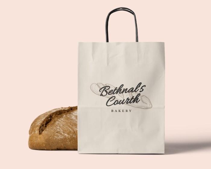 Túi giấy bánh mì có quai xách được rất nhiều chủ tiệm lựa chọn hiện nay bởi sự thuận tiện khi khách hàng sử dụng