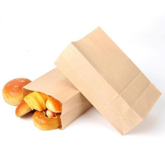 Túi giấy đáy vuông là sản phẩm thông dụng của các tiệm bánh mì