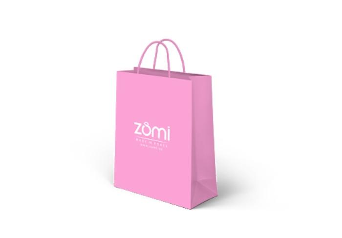 Túi Ivory được làm từ chất liệu giấy dày, chất lượng tốt và không có lớp tráng phủ, dẻo dai