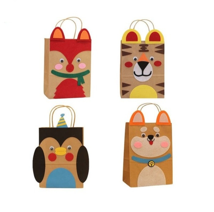Những mẫu túi giấy in hình động vật thường sẽ được các shop thời trang thú cưng ưa chuộng